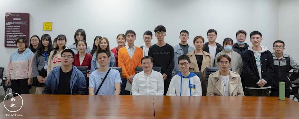 我与书记有约 | 刘毅与青年学生话党史